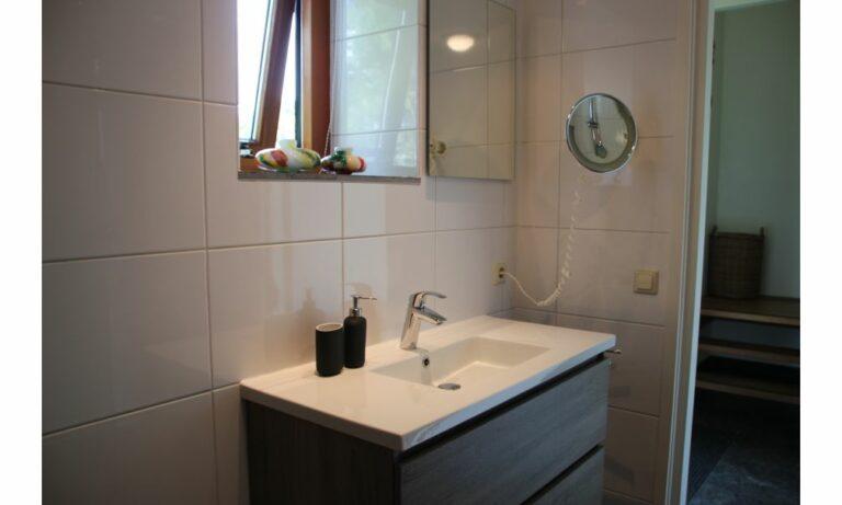 Badkamer 2 familiehuis